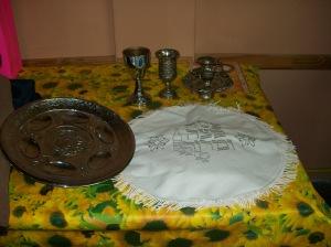 Preparación del Seder, cena familiar festiva